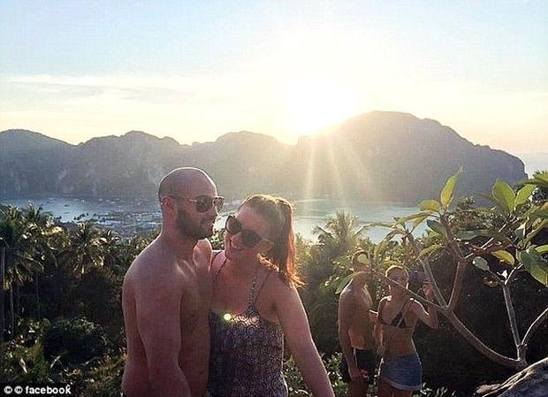 Cặp đôi người Anh gặp tai nạn tại Việt Nam được Louis (One Direction) giúp đỡ