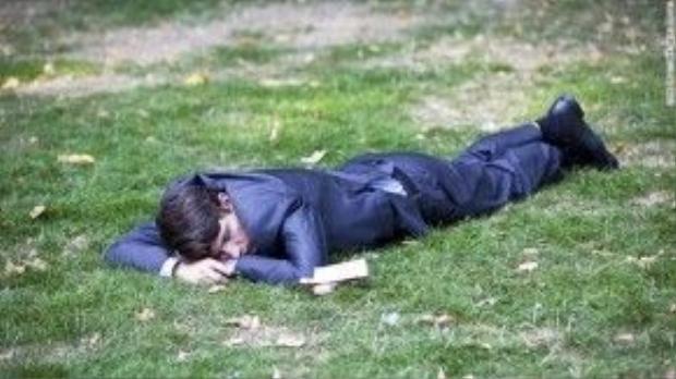 Thuốc chống jetlag: Đừng đổ thừa cho bia rượu nữa! Nếu không, chúng tôi sẽ tiếp tục ngủ trong công viên.