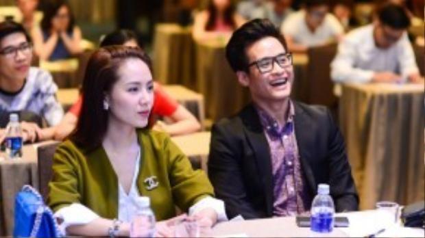 Hà Anh Tuấn và Phương Linh đã 'kết đôi' thành công với nhiều sản phẩm âm nhạc chung trước đó, trong chương trình lần này, cặp đôi lại tiếp tục cùng nhau đem tiếng hát chinh phục người hâm mộ.