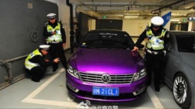 Theo thông báo của cơ quan Cảnh sát giao thông Bắc Kinh, họ đãtạmgiữ 2 chiếc xe máy, 27 chiếc xe độ trái phép và1 chiếc xe sử dụng biểnsố giả.Đồng thời, cảnh sát cũng xửphạt hành chính đối với 26 chủ xe vàyêu cầu họkhôi phục lại tình trạng ban đầu của xe.