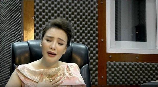 Clip: Hồ Quỳnh Hương da diết đầy xúc động với những giai điệu cuối cùng của cố nhạc sĩ Thanh Tùng