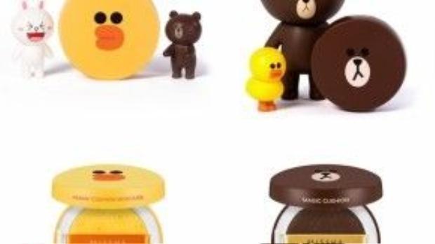 Sản phẩm gồm 2 phiên bản gấu Brown (cho da thường) và vịt con Sally (cho da khô)