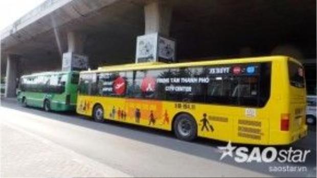 Trước đây, tại sân bay Tân Sơn Nhất có tuyến số 152 hoạt động nhưng không phát huy hiệu quả, ít khách đi, đặc biệt là khách quốc tế vì chật chội và chạy khá chậm do tình hình giao thông khó khăn ở TP HCM.