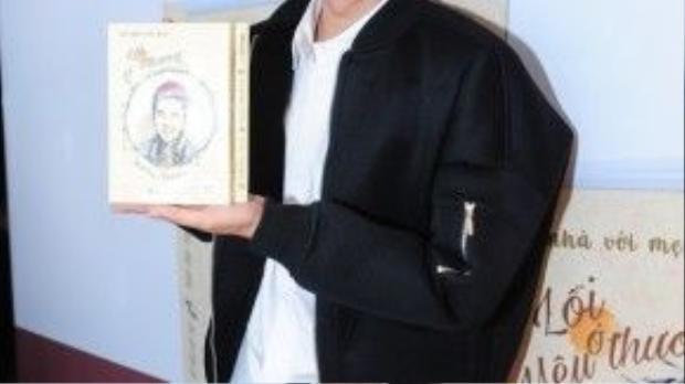 Sau buổi họp báo ra mắt sách hôm nay, Thanh Duy sẽ tiếp tục lịch trình quảng bá cho quyển sách đầu tay của mình tại hội Sách TP.HCM (Công viên Lê Văn Tám, đường Võ Thị Sáu, Q.1), cùng với kế hoạch tour ký tặng sách tại nhiều tỉnh thành trên cả nước.