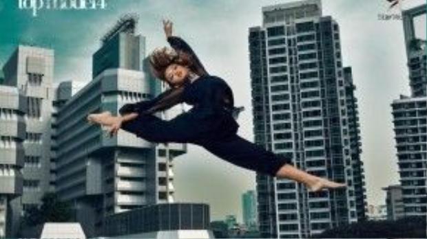Quỳnh Mai tận dụng lợi thế vũ công của mình với chủ đề thể hiện sự thanh lịch khi tạo dáng trên không.