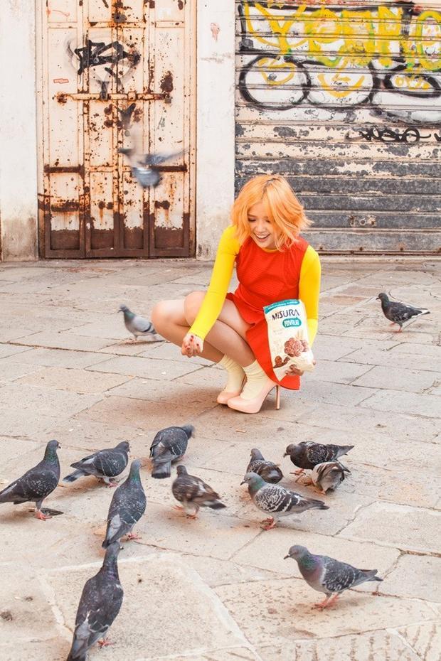 Suni Hạ Linh thay 20 bộ trang phục trong MV solo đầu tay tại Ý