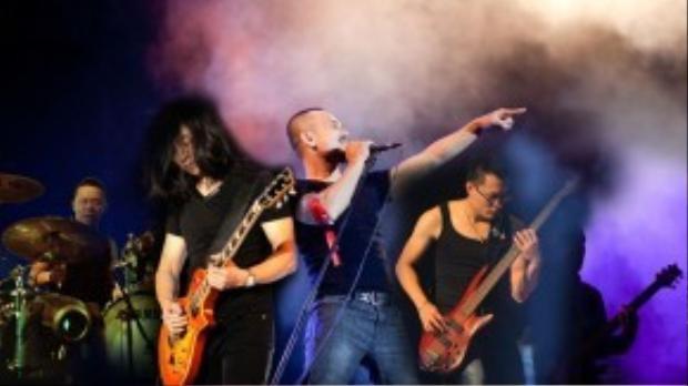 Rock Storm là một trong những show nhạc Rock lớn nhất Việt Nam. Trong hình, Bức Tường và những lần 'máu lửa' cùng với Rock Storm.