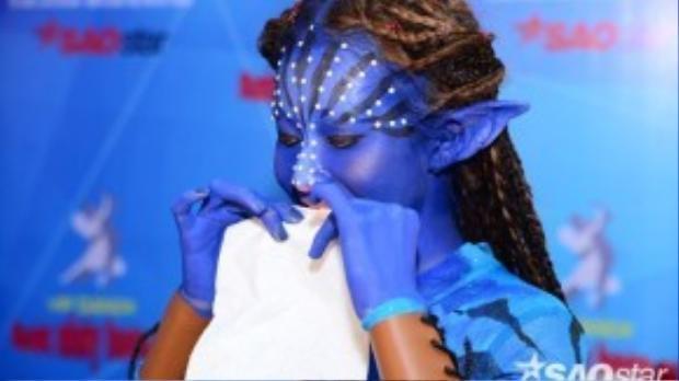 Khả Ngân xanh toàn tập với tạo hình Neytiri.