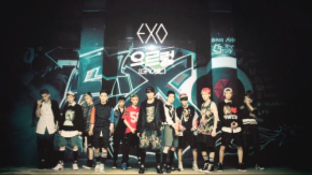 Growl giúp EXO tỏa sáng