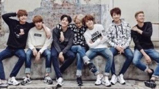 BTS được biết đến với vũ đạo đồng đều, các thành viên đều tài năng và có sức hút