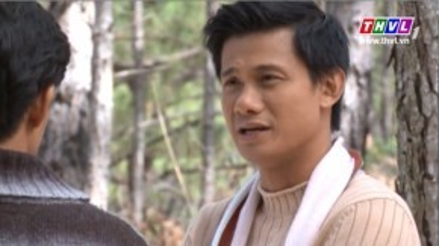 Thế Thành vẫn luôn bên bạn động viên. Anh cho rằng Minh Phạm quá yếu bóng vía nên tưởng tượng ra con ma.