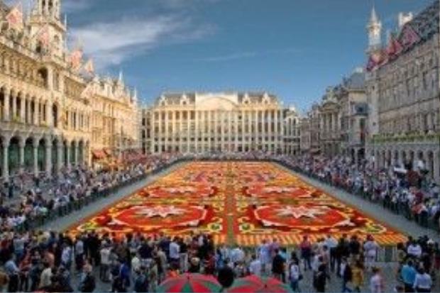 Quảng trường Lớn luôn là nơi diễn ra các sự kiện quan trọng trong năm của Bỉ.
