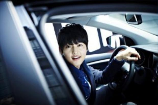 Hậu duệ mặt trời giúp hãng xe hơi thu về 100 tỷ won trong 1 tháng.