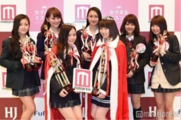 Chân dung các ứng viên lọt vào vòng chung kết - những nữ sinh trung học đáng yêu nhất Nhật Bản.