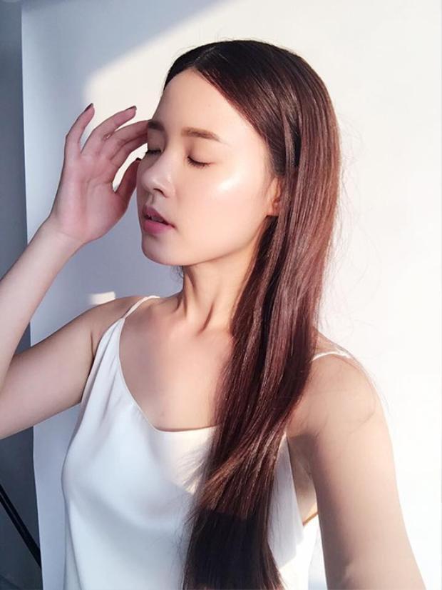 Phan Thành tuyên bố độc thân trên trang cá nhân