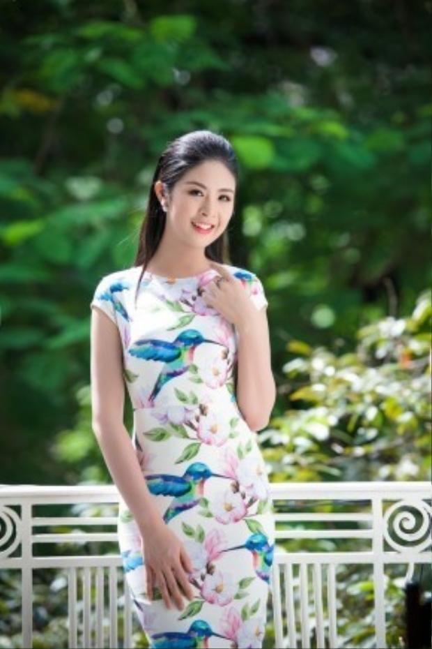 Ngọc Hân hiện làm chủ một công ty in vải thời trang. Hiện tại cô đang bắt tay thực hiện tà áo dài lấy ý tưởng từ con công hay phố cũ.