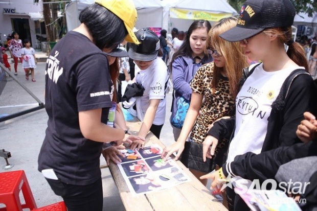 Toàn cảnh không khí trước giờ G buổi họp fan lớn nhất trong năm của V.I.P Việt