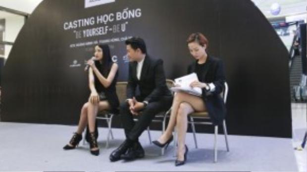Trước khi buổi casting dành học bổng diễn ra, người mẫu Chà Mi và nhà thiết kế Hoàng Minh Hà đã cùng chia sẻ với những thí sinh về những câu chuyện chinh phục thành công của mình.