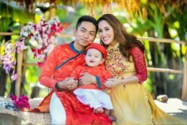 Gia đình Khánh Thi - Phan Hiển sẽ còn là cái tên được nhắc nhiều đến bởi không chỉ hạnh phúc mà họ còn rất fashion!