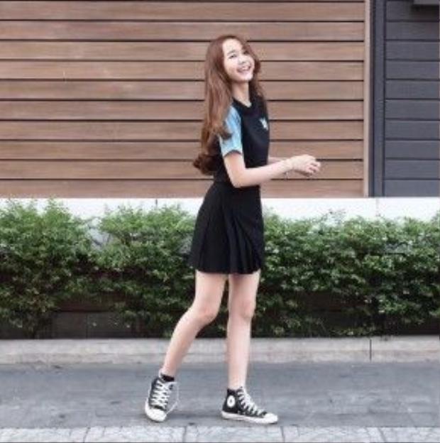Cô cáo dễ thương Nhung Gumiho cùng là fan rất trung thành với style tóc wave.