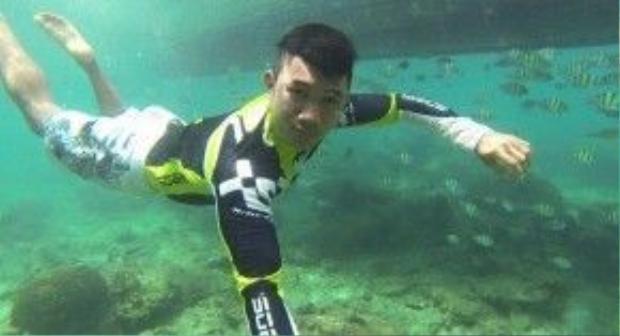 … lặn biển…