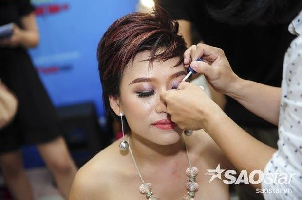 Jennifer Phạm bị bạn nhảy chui vào váy, Hương Tràm tình tứ cùng S.T (365)