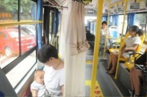 Thiết kế không gian riêng tư để các mẹ thoải mái cho con bú mà không phải e ngại những ánh mắt xung quanh.