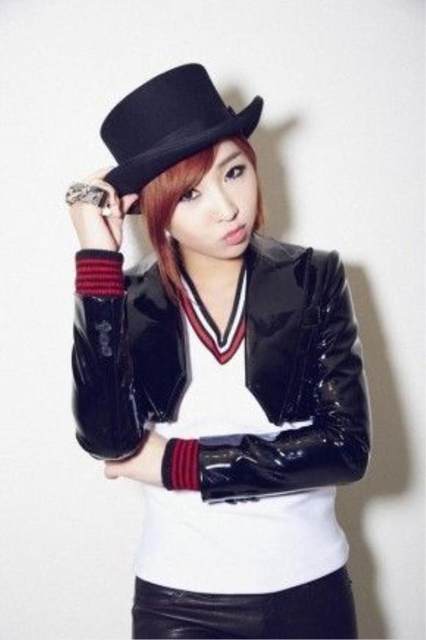 Thành viên Minzy chính thức tách khỏi 2NE1.