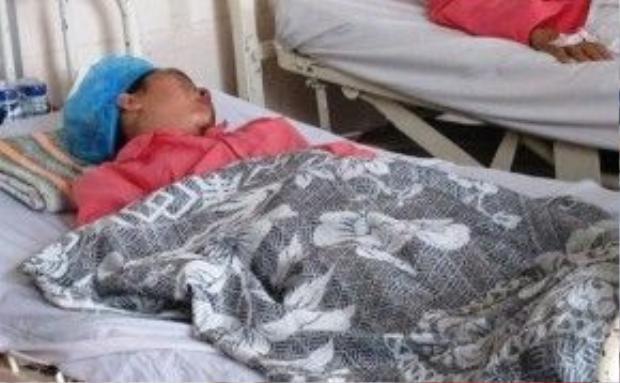 Hương đang điều trị tại bệnh viện.