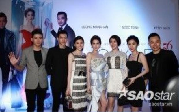 Minh Trung, Võ Cảnh, Lê Hà, Quỳnh Hương, Tường Vy cũng bay từ TP HCM ra Hà Nội để cổ vũ cho Ngọc Trinh.