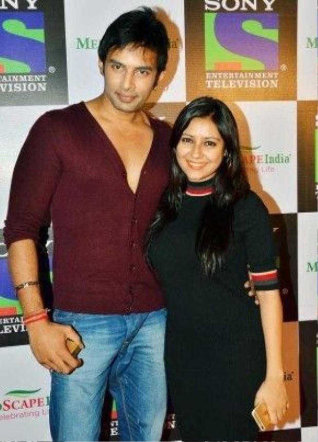 Pratyusha và Rahul thời còn mặn nồng