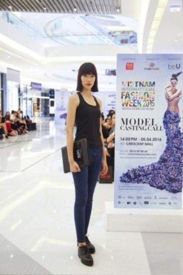 Người mẫu Kim Phương.