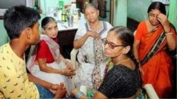 Gia đình nữ diễn viên mệt mỏi và tin rằng Rahul phải bị trừng trị.