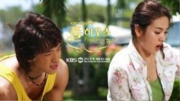 Thoát khỏi cái bóng của chính mình trong Trái tim mùa thu, Song Hye Kyo khiến nhiều người ngỡ ngàng vì hình ảnh mới hài hước, đáng yêu trong Ngôi nhà hạnh phúc.