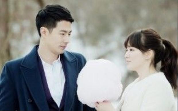 Song Hye Kyo và Jo In Sung có mối tình bi thương trong Gió mùa đông năm ấy.