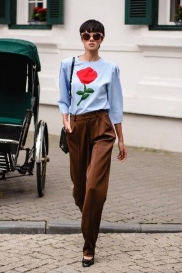 Mặc dù, Đỗ Hà đã theo đuổi con đường người mẫu chuyên nghiệp từ lâu nhưng cho đến gần đây cô mới mạnh dạn tiến ra thị trường thời trang quốc tế là kinh đô thời trang Italia.