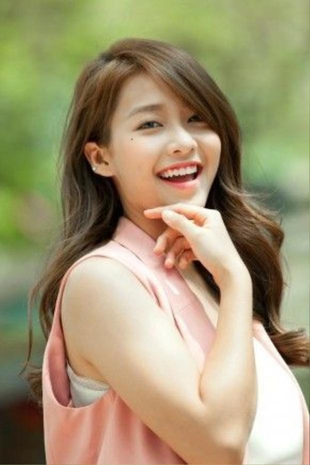 Hot girl - diễn viên Khả Ngân.