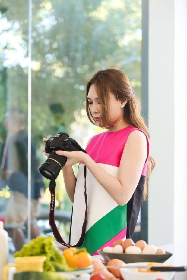 Hé lộ loạt ảnh Mỹ Tâm đẹp rạng ngời từ MV cho đến hậu trường