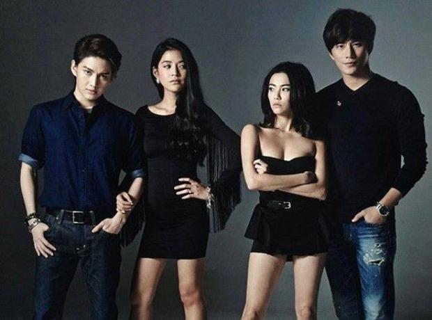 Clip phỏng vấn: Giới trẻ Việt nói gì về 3 bộ phim hot nhất hiện nay?