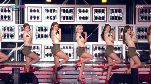 Chao đảo với 5 girl groups diện đồng phục sexy nhất xứ Hàn