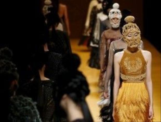 Không những thế, cũng sẽ có 40 models và diễn viên múa xuất hiện trong show diễn của NTK Nguyễn Công Trí.