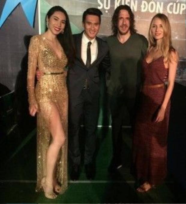 Công Vinh đọ nhan sắc xinh đẹp, chân dài bên siêu mẫu Vanessa Lorenzo.
