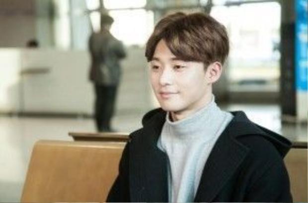 """Park Seo Joon chính là mỹ nam """"xấu số"""" Ri On vì đã rơi vào tầm ngắm của Yo Na"""