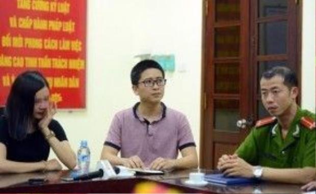 Việt Đức (giữa) của Zing.vn tại buổi trung úy Bắc xin lỗi chị Tú Anh.
