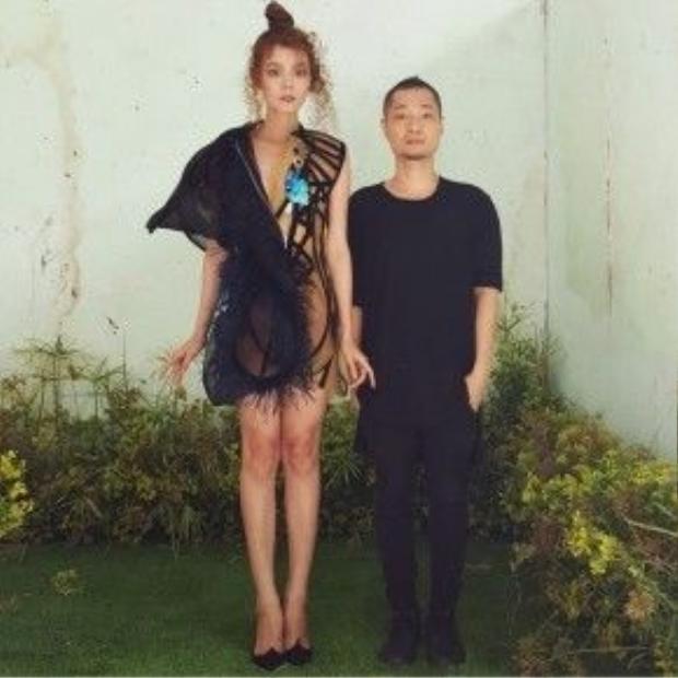 The Fashion Show để lại trong lòng công chúng ấn tượng đẹp khi đã trao cơ hội tỏa sáng cho những nhà thiết kế trẻ xứng đáng.