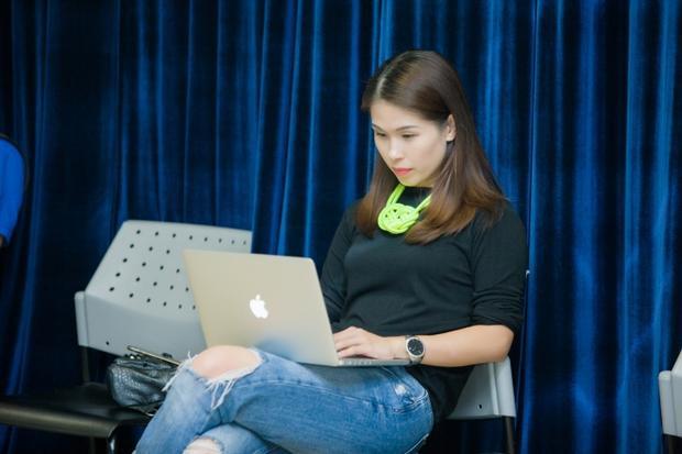Hà Mi: Hành trình từ thực tập sinh Vogue đến giám đốc sản xuất chương trình thời trang