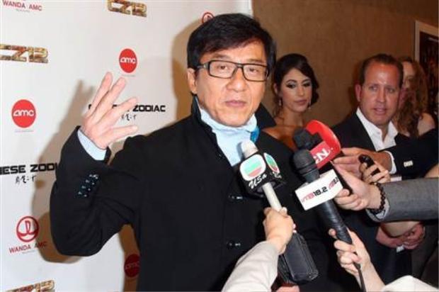 Bí mật thầm kín nhất của Thành Long: Từng đóng phim người lớn để kiếm tiền