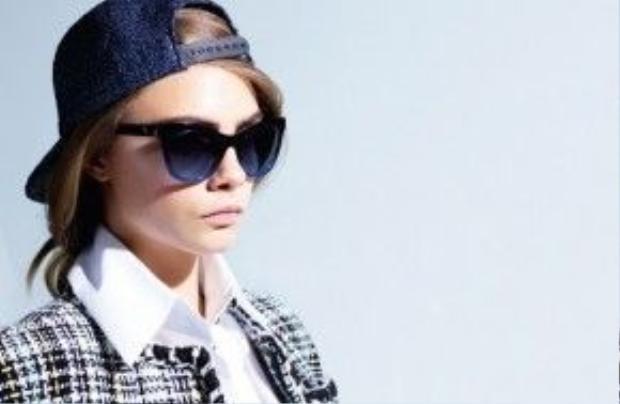 Một thiết kế trong bộ sưu tập mắt kính Chanel Xuân-Hè 2016