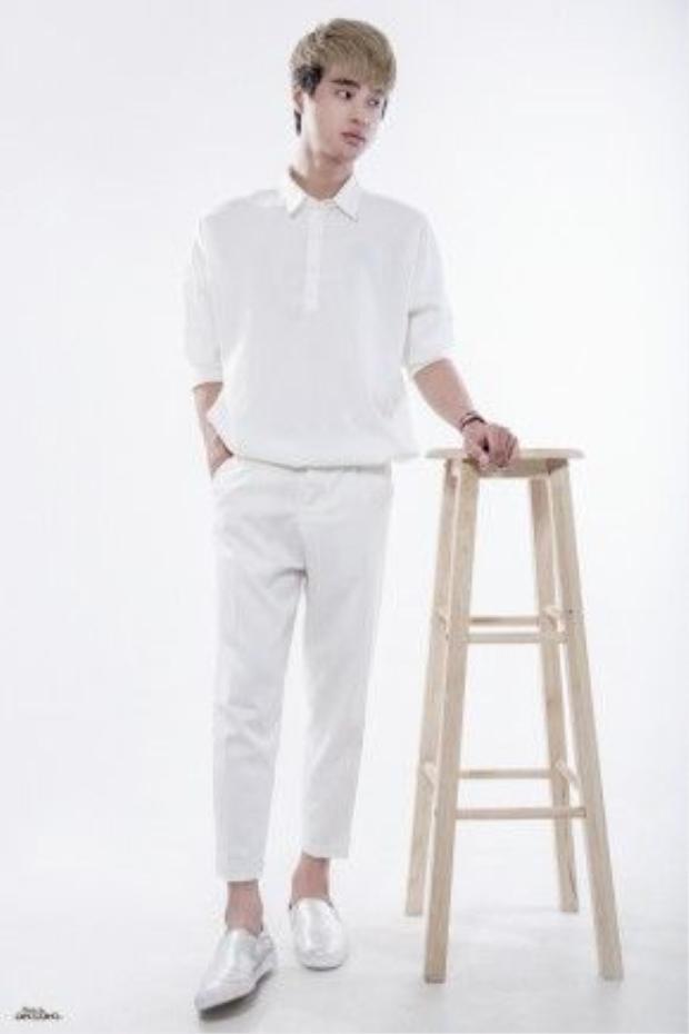 Bên cạnh nghiệp diễn, Kang còn rất có gu trong cách ăn mặc, bạn sẽ nhìn thấy một Kang Phạm đầy đĩnh đạc và chín chắn hơn qua bộ ảnh này.