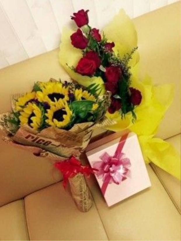 Chị Bảy không quên khoe món quà được nhận từ fan trên trang cá nhân.
